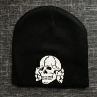 Зимна шапка Totenkopf