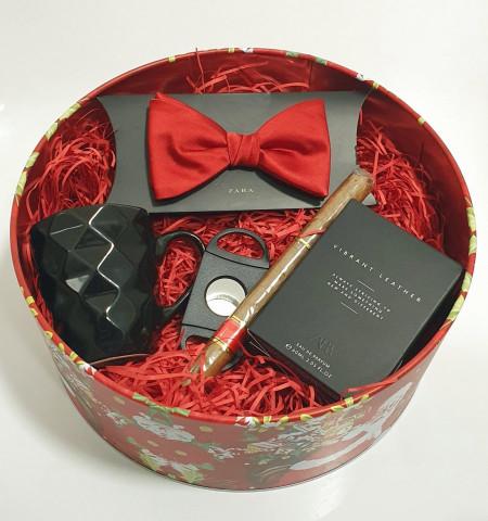 Christmas Box - B1