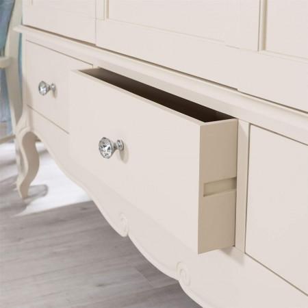 DUC104 - Dulap crem, sifonier dormitor triplu cu 3 sertare, manere tip cristal - Colectia Genova