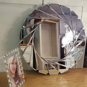 OGG116 - Oglinda 60 cm, pentru perete ornamentala dormitor, living, baie - Argintie