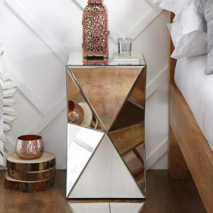 NOOG114 - Noptiera oglinda dormitor