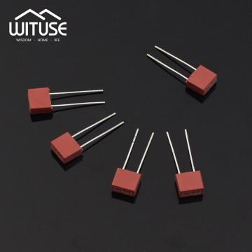 Fusiveis de plastico 0.5A, 1A, 1.25A, 1.6A, 2A, 2.5A, 3.15A, 4A, 5A, 6.3A 250 V