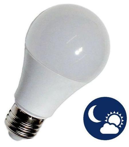 Lampada LED 220V E27 12W Branco F. 6000K 1000Lm c/ Sensor Crepuscular