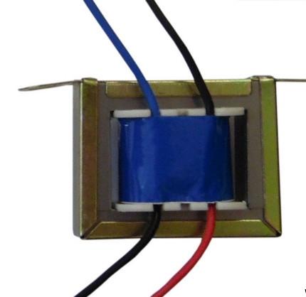 Transformador de Linha 100V 10 W