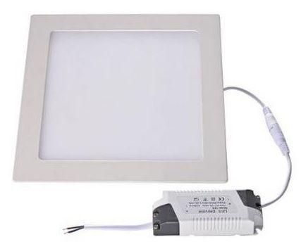 Painel de LED Quadrado (12 x 12 cm) 6W 3000K 530Lm