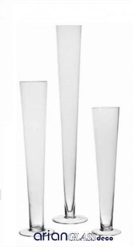 vaza conica cu talpa sticla transparenta