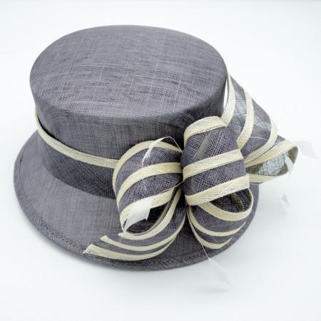 Poze Pălarie gri elegantă cu bentița bicoloră