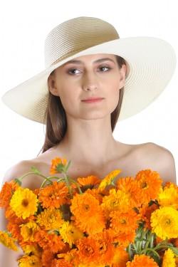 Poze Palarie de soare dama, bej uni, decorata cu siret impletit