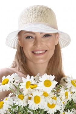 Poze Palarie de vara dama, bej cu alb, decorata cu o floare