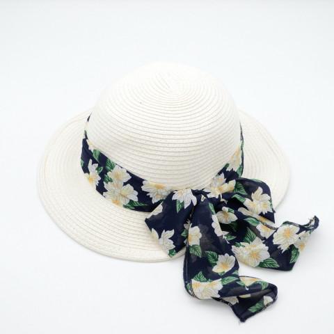 Pălărie cloche cu fundă