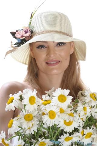 Palarie de soare dama, bej uni, decorata cu aranjament floral