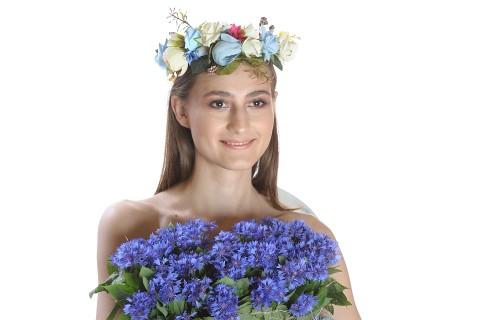 Coronita cu flori si frunze