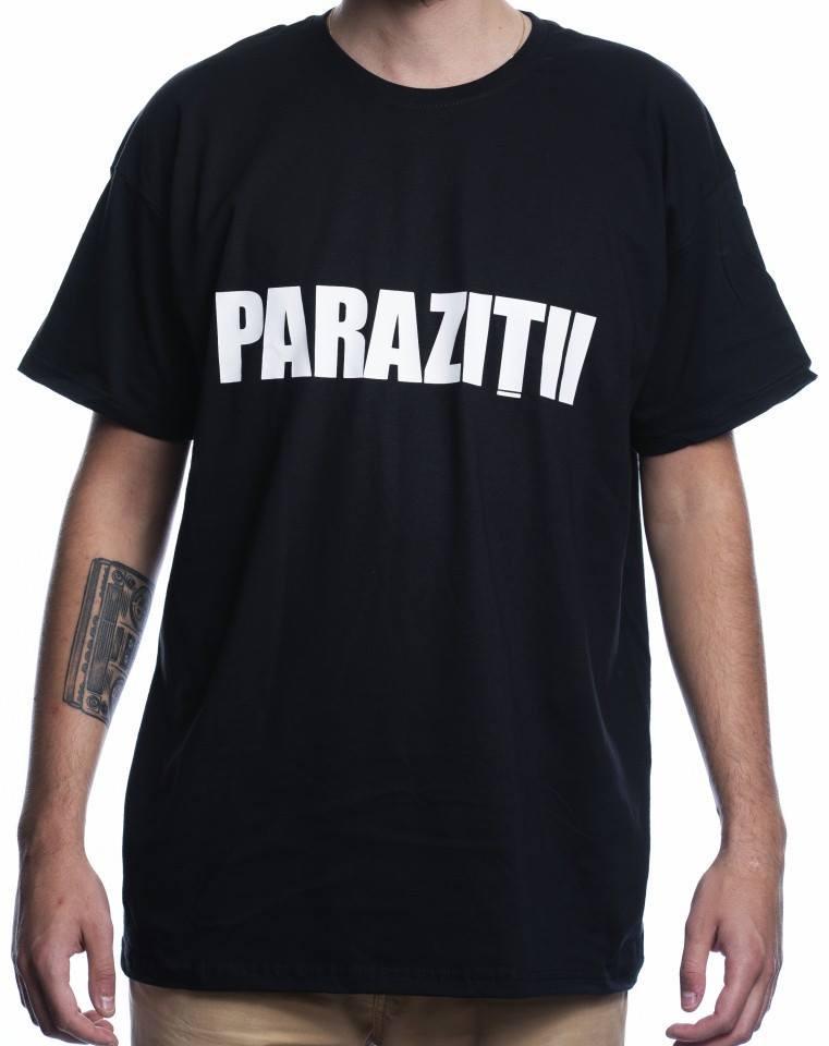 tricou cu parazitii)
