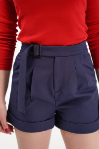 KVL - Pantaloni scurti cu pense, buzunare chino si catarama in talie