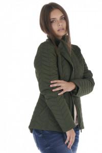 Timeout - Jacheta subtire dama cu aspect matlasat