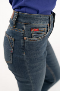 Lee Cooper - Blugi girlfriend cu aspect usor decolorat