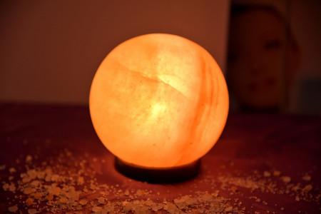 Slika Lampa od himalajske soli LOPTA