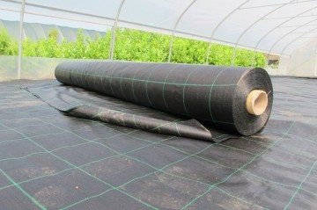 Agrotekstil podloga za zaštitu zemljišta 5,25m x 100m (100gr)
