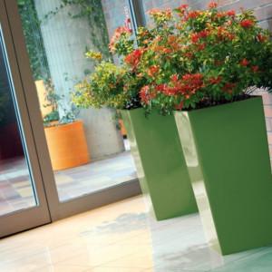 Saksije za cveće URBI SQUARE 40x40x75cm bela sa uloškom
