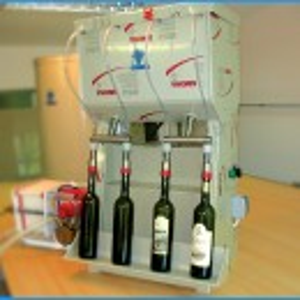 Punilica za flaše Gravitaciona - 4 dizne