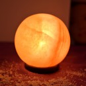 Lampa od himalajske soli LOPTA