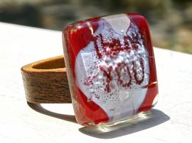 Poze R17049;Inel din lemn si sticla fuzionata; Inel eco frendly din lemn; Inel exclusivist din lemn si sticla; Inel peisaj in sticla de purtat pe deget;Inel din sticla si lemn unicat;Inel autentic din lemn; Inel artistic din lemn