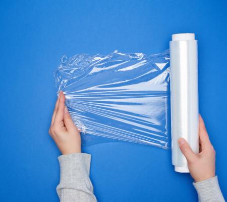 Folie Stretch manual Transparent - 2,0 kg brut / rola 500 mm , 23 my - 1 buc