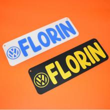 Placa auto personalizata cu numele tau + marca auto 30x10 cm