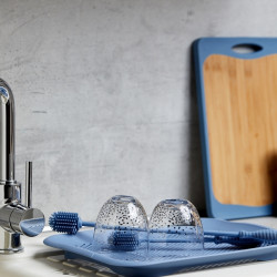 Perie pentru vase Wenko, 25 cm, silicon, albastru