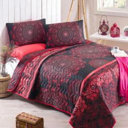 Set cuvertura de pat dubla matlasata, Eponj Home, Sehri Ala Red, 3 piese, 65% bumbac, 35% poliester, negru/rosu