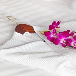 Halat de baie, SPA, Hotel Line Bedora, marime universala, 100% bumbac, 220 gr/mp, alb