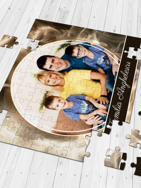 Puzzle personalizat cu o fotografie si text golden - A4