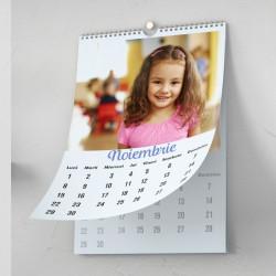Calendar personalizat cu fotografii 2022