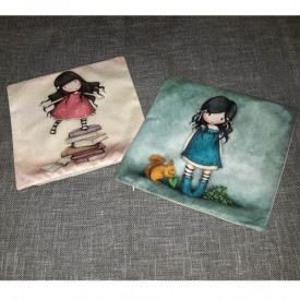Dekorativne jastučnice sa likovima popularnih devojčica