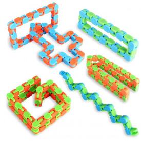 Najpopularniji fidžeti Infinity cube, Pop it 6x6, Wacky tracks, Monkey noodles, Snapperz...