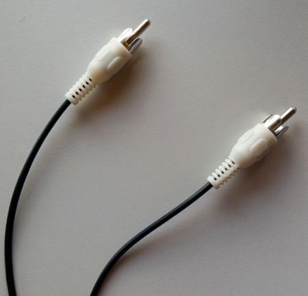 kabl produžni 1 X RCA na 1 x RCA  dužina 5M