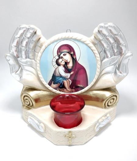 Candela maini cu icoana Maicii Domnului de la Poceaiev