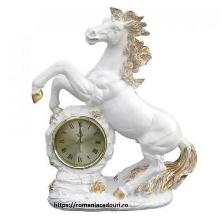 Statueta Decorativa Mare Cal alb cu Ceas