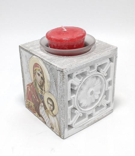 Candela cubica din lemn cu icoane si floare gravata cu pahar