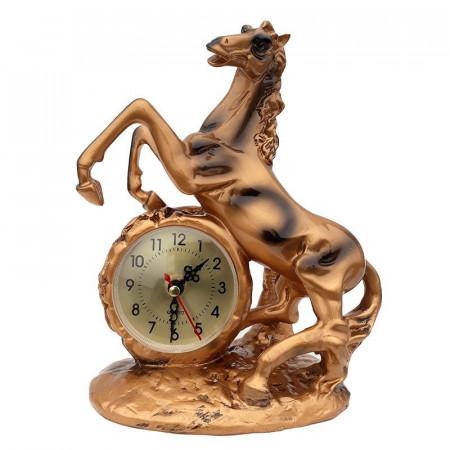 Statueta din rasina reprezentand un cal cu ceas