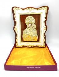 Icoana Maica Domnului cu rama florala marmurata