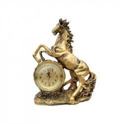 Figurina din rasina reprezentand un cal cu ceas