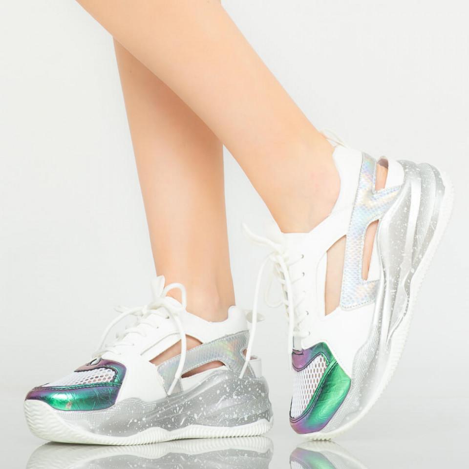Adidasi dama Uny albi