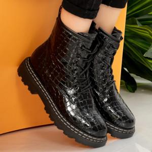 Μαύρες μπότες γούνας Tisy