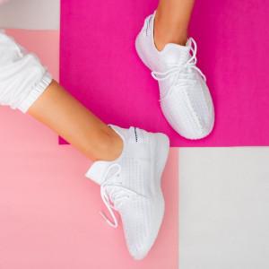 Adidasi dama Larry albi