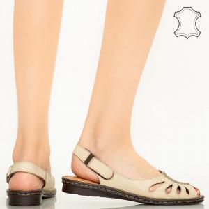 Lya бежови сандали от естествена кожа