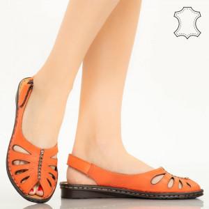 Lya оранжеви сандали от естествена кожа