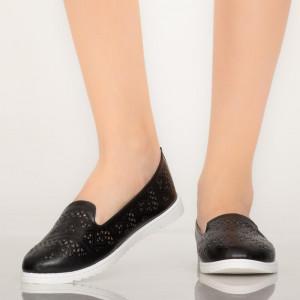 Tase fekete alkalmi cipő