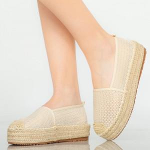 Bézs színű alkalmi cipő Pasy