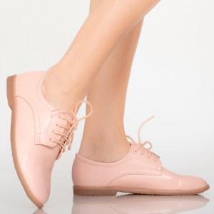 Égjen rózsaszín alkalmi cipőt